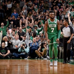 Irving, Brown help Celtics rally for 15th straight win