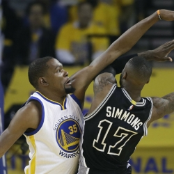 Warriors still not guaranteed a sweep of Spurs