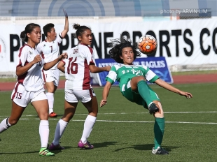 UAAP 78 Football: Angeliza Sta Clara with a winning header!