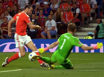 UEFA EURO 2016 Match Highlights: RUSSIA VS. WALES