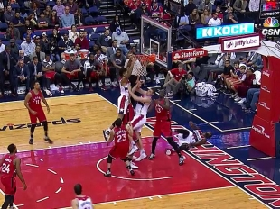 Dunks of the Day - October 21, 2016
