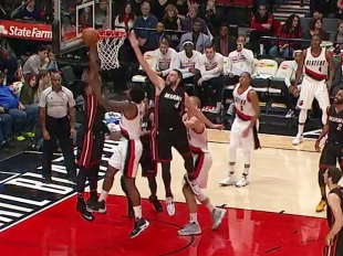 Hassan Whiteside with 5 Blocks against the Trail Blazers