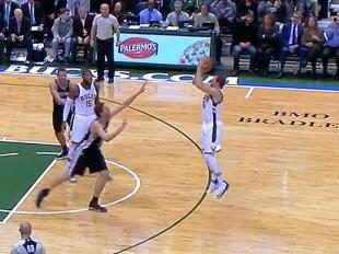 Mirza Teletovic scores 11 points vs the Spurs