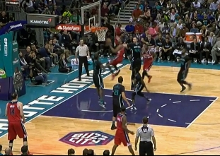 John Wall scores 19 points in loss to the Hornets