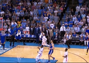 Stephen Curry beats the halftime buzzer vs the Thunder