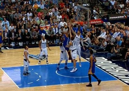 David West throws it down vs the Mavericks