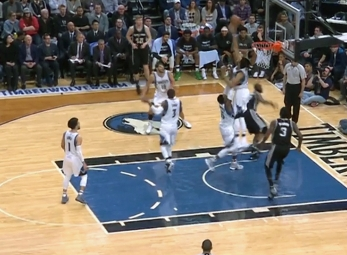 Karl-Anthony Towns with the rejection vs the Spurs