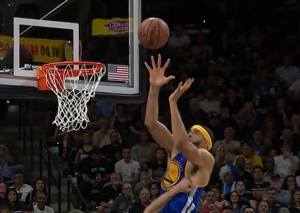 Stephen Curry, Klay Thompson catch fire vs the Spurs