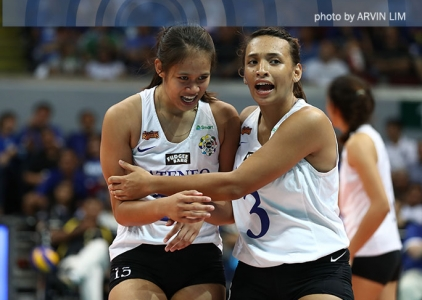 Jho Maraguinot makes her presence felt with strong spike