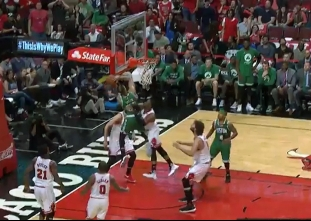 Gerald Green with the jam vs the Bulls