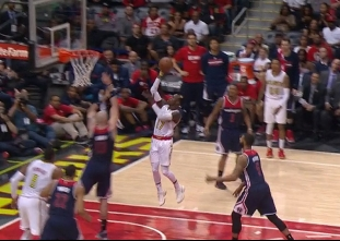 Hawks execute in the fourth to forge tie with Wizards