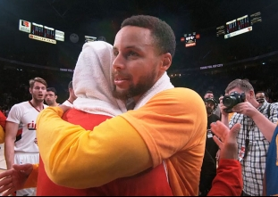 PHANTOM CAM: Curry and Lillard share a post-game hug