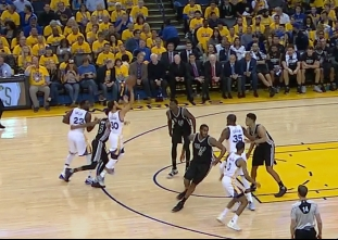 Stephen Curry with the four-point play vs the Spurs