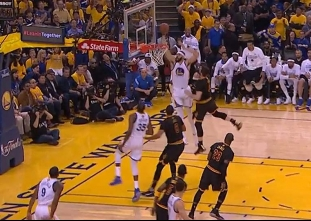 JaVale McGee with the dunk off the Kevin Durant feed