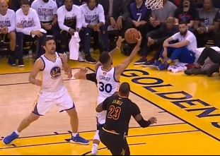 Curry posts first postseason triple-double in win vs Cavs