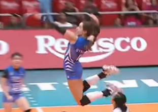 Michelle Strizak leans in for the thunderous back-row kill