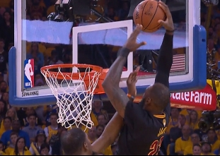 LeBron James puts up 41 points in loss to the Warriors