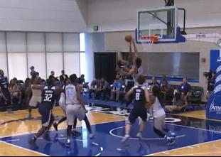 Dakari Johnson with the dunk in transition vs the Mavericks
