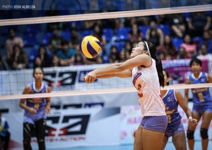 WATCH: Jia Morado sets it up perfectly for Alyssa Valdez!