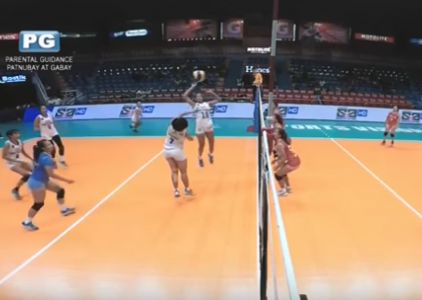 WATCH! Wendy Semana outsmarts everyone with the drop-ball
