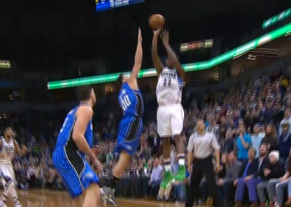 Top 10 plays of the 2016-17 season: Andrew Wiggins