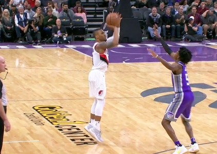 Damian Lillard scores 29 points vs the Kings