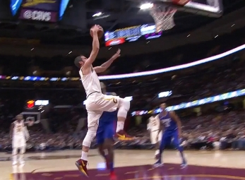 Kevin Love scores 25 points vs the Clippers