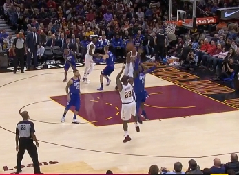 LeBron James scores 39 points vs the Clippers