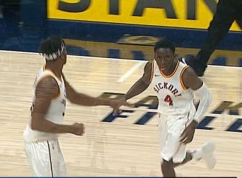 Victor Oladipo scores 21 points vs the Pistons