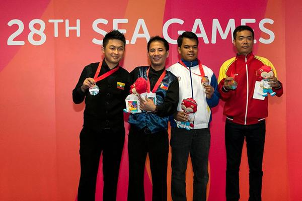 Orcollo, 4 Pinoys in World 9-ball Last 64