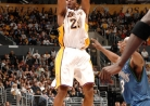 THROWBACK: Kobe scores 50 in win over T-Wolves (Mar. 18, 2007)-thumbnail2