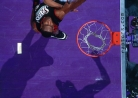 THROWBACK: Vince Carter stars as Raptors rout 76ers-thumbnail2
