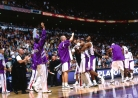 THROWBACK: Vince Carter stars as Raptors rout 76ers-thumbnail4