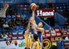 Eagles top Bombers, take hold of solo fourth-thumbnail1