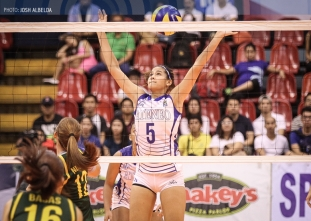 Confident Lady Eagles claw FEU to take semis opener