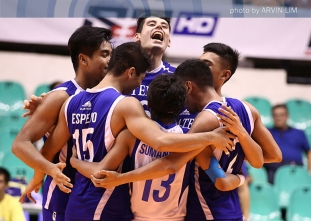 Blue Eagles survive NU in five sets to take finals opener
