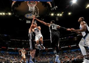 Top Shots: The best NBA photos from Oct. 13, 2016