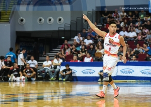 Phoenix survives Mahindra's late scare to improve to 2-1