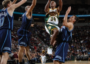 FLASHBACK FRIDAY: Ray Allen scores career-high 54 points