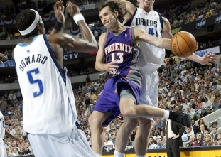 Happy birthday Steve Nash! (Feb. 7, 1974)