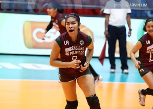 Lady Maroons prevail over Lady Warriors, share lead