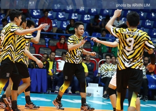 Tigers barge in win column, drop Green Spikers to 0-2
