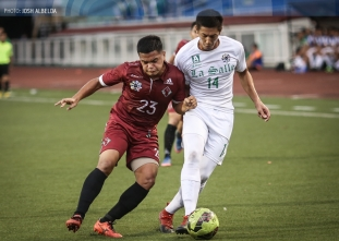 UP sends DLSU's playoff hopes in jeopardy