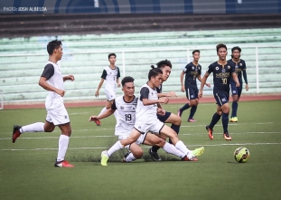 UST keeps playoff hopes alive with important win over NU