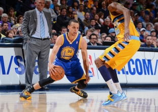 THROWBACK: Stephen Curry's first Playoffs game
