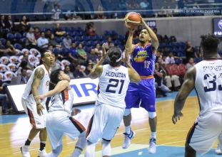 Castro's big game gives TNT a decisive win over Meralco