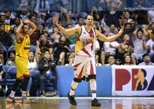 Lassiter banks in game-winning three to give SMB a 2-1 lead