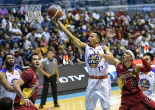 Castro takes over for TNT as KaTropa tie PBA Finals