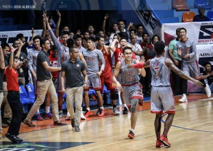 Ayaay comes up clutch as LPU sails to best-ever start at 3-0