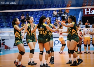 Lady Tams cruise past rebuilding Lady Stags